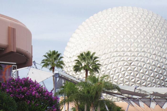 Read Holiday Snaps: Day 1 – Epcot by April
