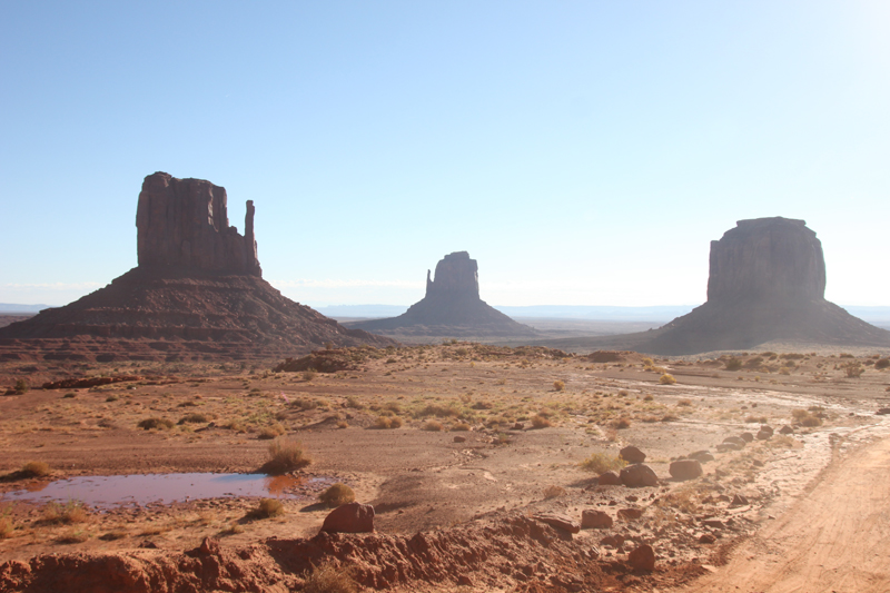 Read 4×4 Drive Through Monument Valley by April
