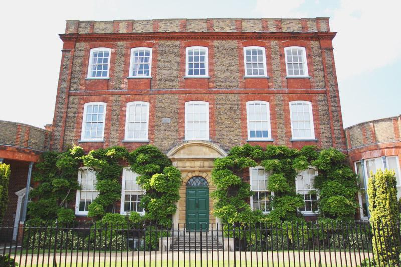 Read Peckover House & Gardens by April