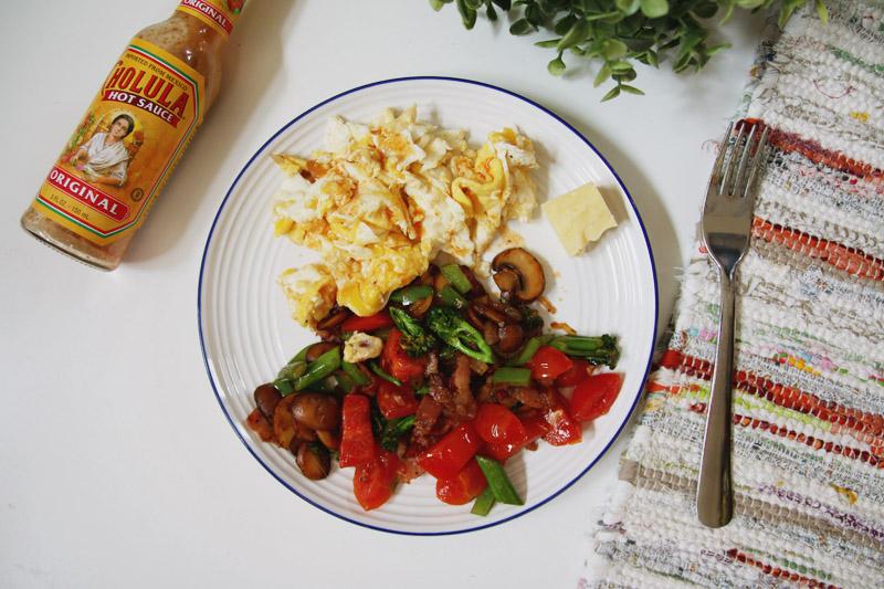 Healthy Breakfast Stirfry with Scrambled Eggs