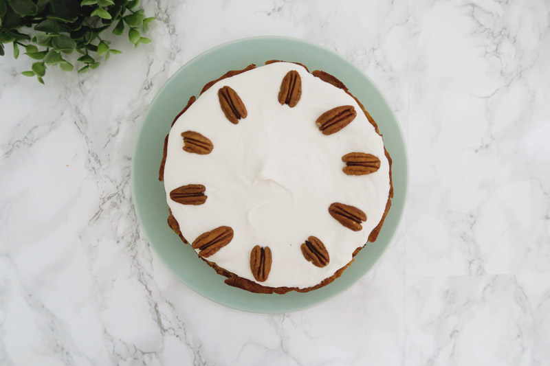 Read Recent Bakes: Key Lime Pie & Paleo Carrot Cake by April