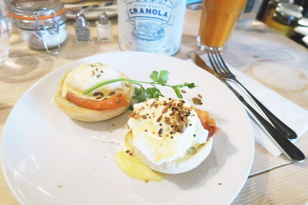 Breakfast at Bill's Restaurant - Cambridge