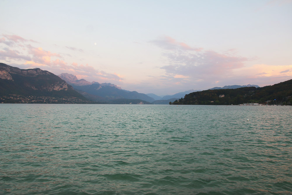 Lake annecy pont des amours april everydayapril everyday - Pont des amours ...