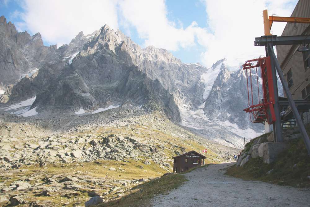 Read Mont Blanc – Aiguille du Midi by April