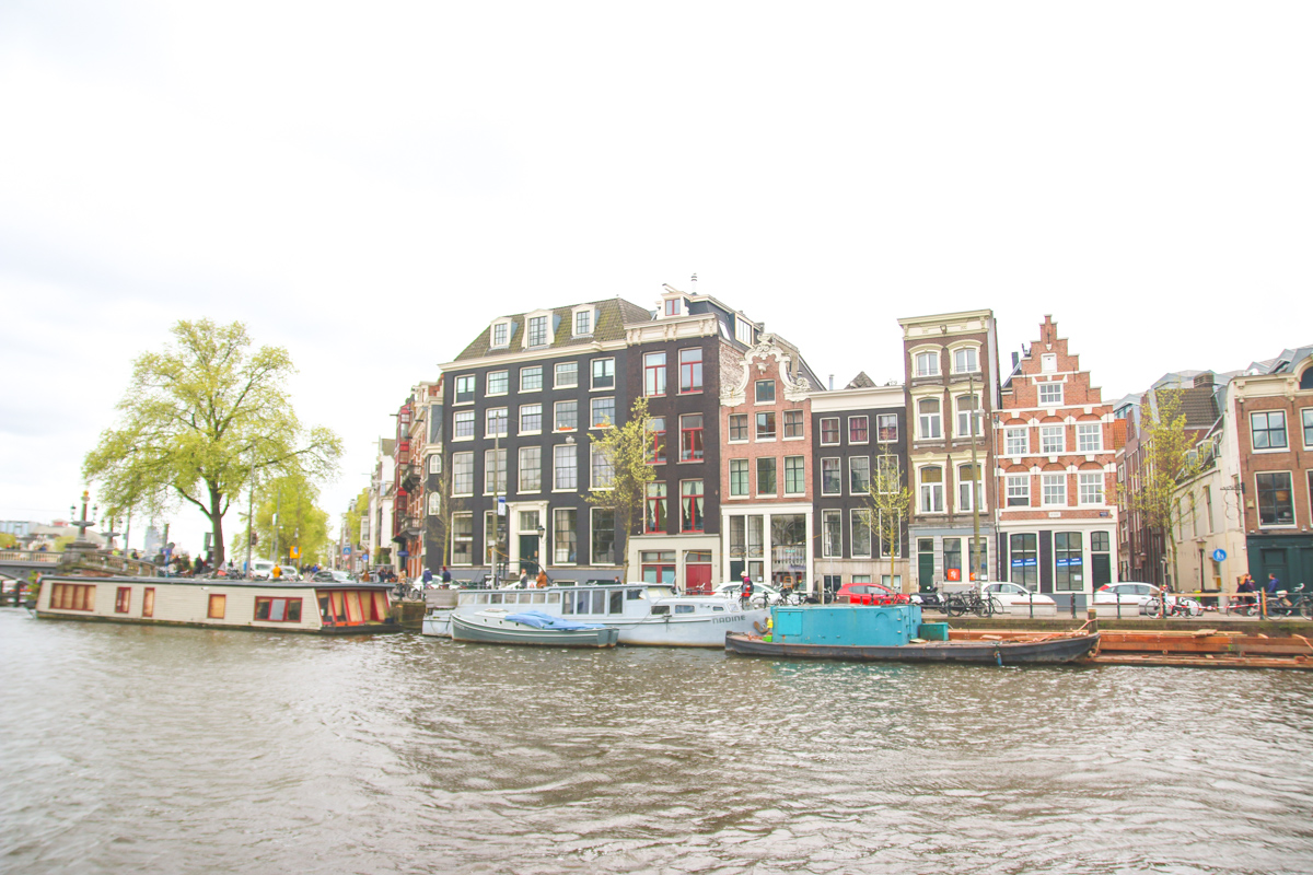 Read Exploring The Canals of Amsterdam by April