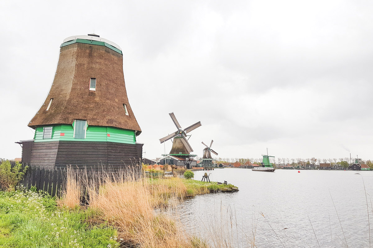 Read Windmills and Wafels at Zaanse Schans & Volendam by April