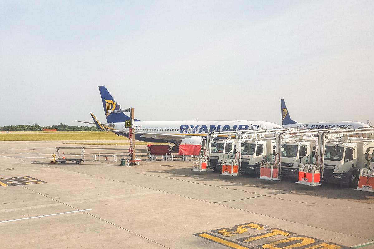 Ryanair Budget Airline Review - Ryanair Interior