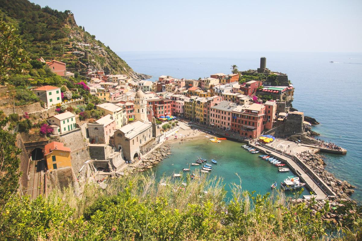 Read Exploring Cinque Terre Part 2 – Vernazza & Riomaggiore by April
