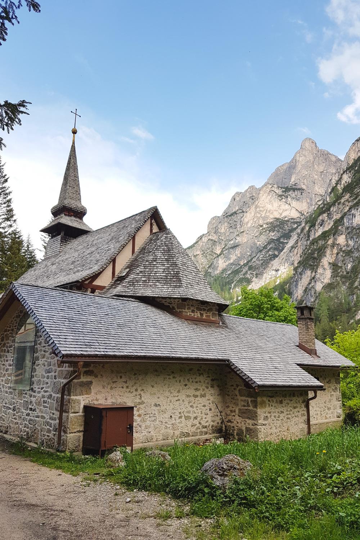 Lago di Braies (Pragser Wildsee) The Dolomites, Italy